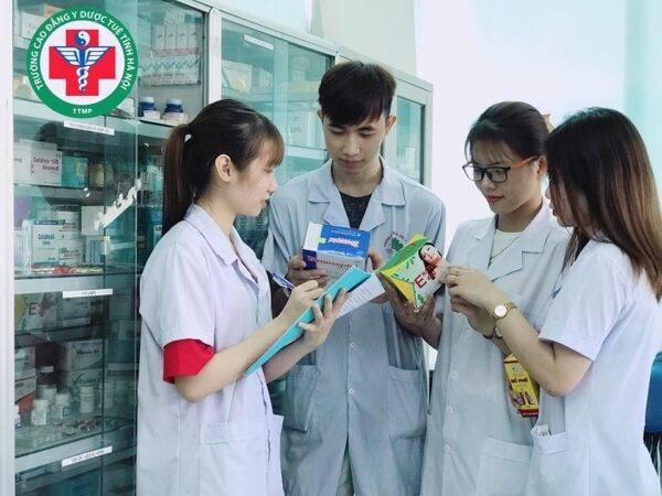 Tuyến sinh ĐH Dược liên thông năm 2019
