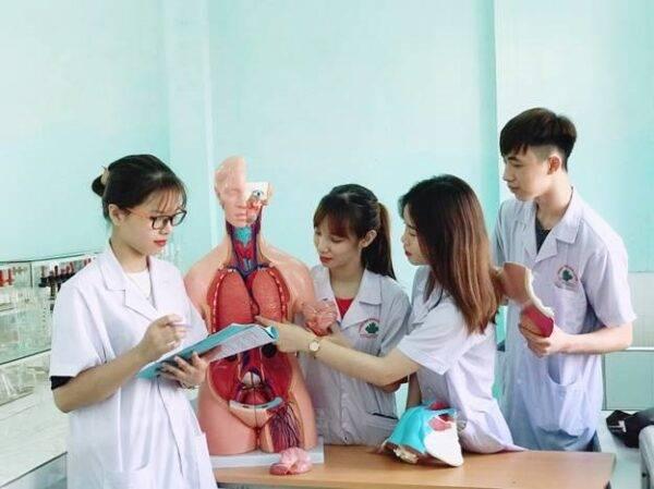 Báo ANTV : Hai trường Đại học VN trong danh sách trường tốt nhất thế giới