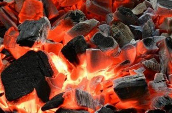 Cảnh báo nguy cơ ngộ độc khí than khi sưởi ấm vào mùa lạnh