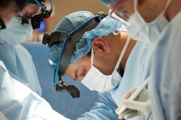 Thực hiện thành công ca ghép phổi từ người sống cho bệnh nhân COVID-19